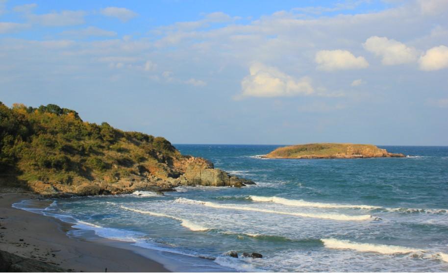 Přírodní pláž v Djuni v Bulharsku