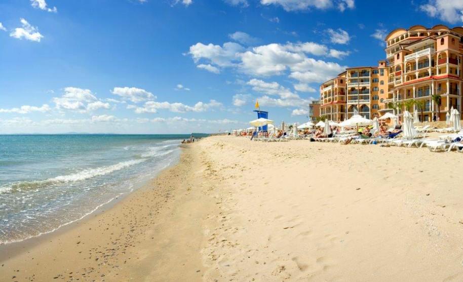 Nádherná písečná pláž v Elenite v Bulharsku
