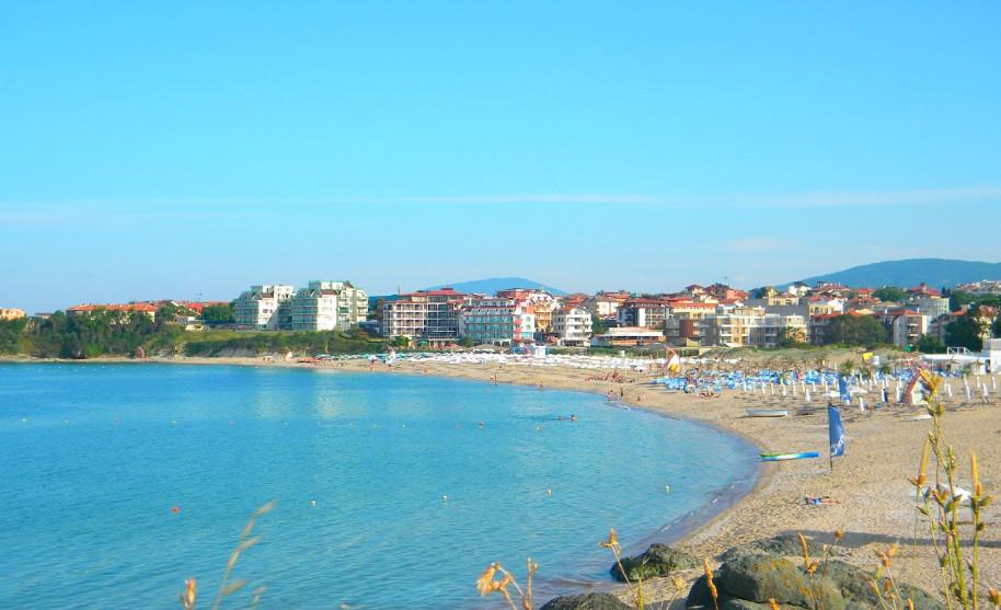 Písečná pláž v Lozenci v Bulharsku