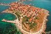 Historická část na poloostrově v Nesebaru v Bulharsku