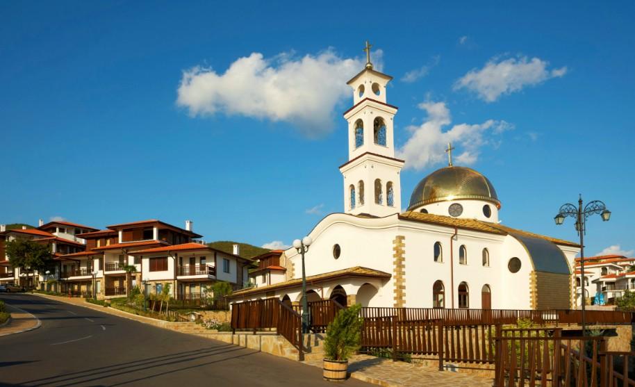kostel v letovisku Sveti Vlas v Bulharsku