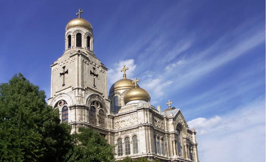 Katedrála ve městě Varna v Bulharsku