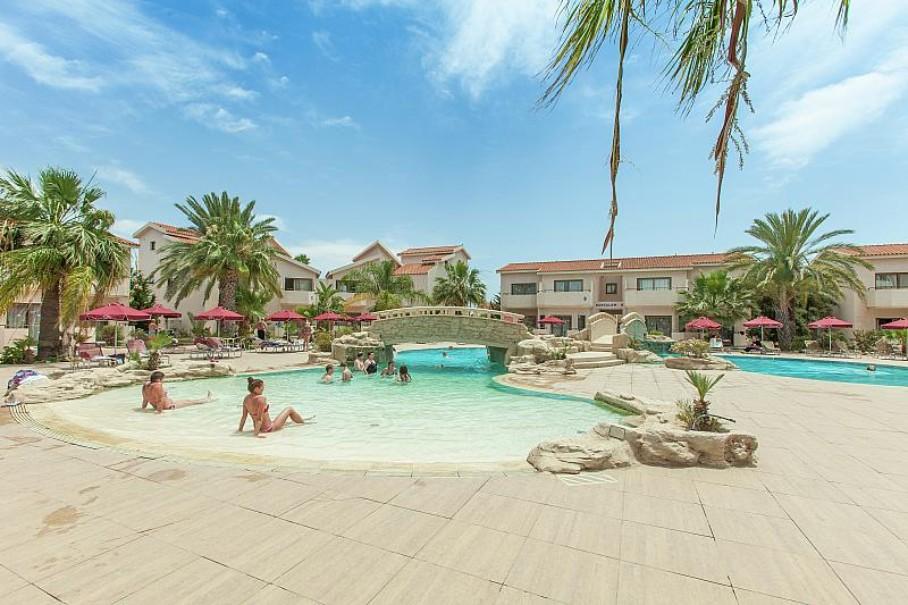 Hotel Crown Resort Henipa (fotografie 6)