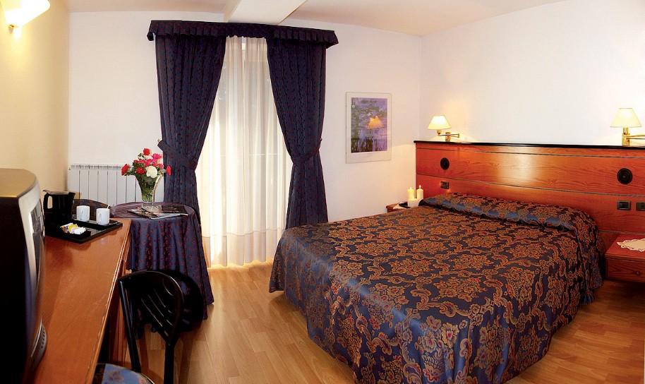 Garni Hotel Aprica (fotografie 3)