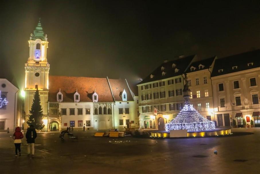 Adventní trhy v Bratislavě (fotografie 2)