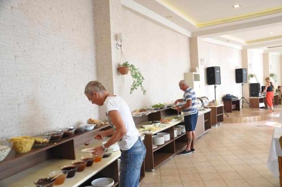 Sempati Hotel (fotografie 2)