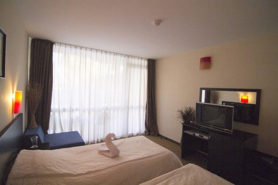 Hotel Tropics (fotografie 5)
