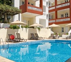 Aparthotel Troulis Apartments