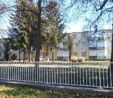 Apt. dům Hóvirág