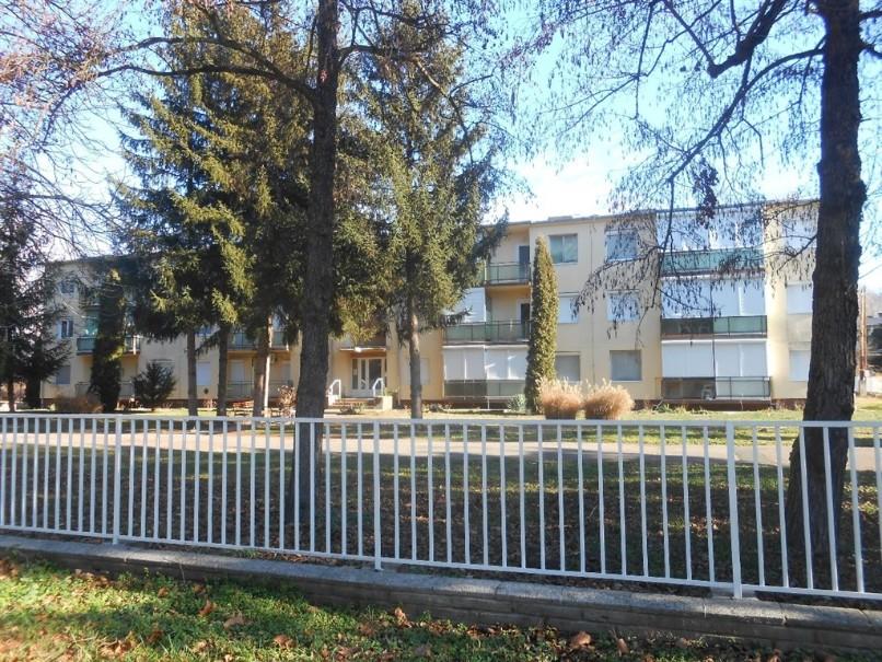 Apt. dům Hóvirág (fotografie 1)