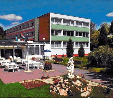 Hotel Platan Com (hlavní fotografie)