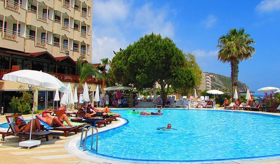 Hotel Anitas Beach Club (fotografie 1)