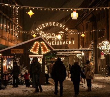 Pohlednice z adventního Norimberku a Řezna