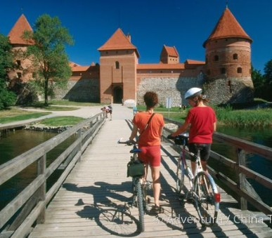 Litva, Lotyšsko a Estonsko na kole