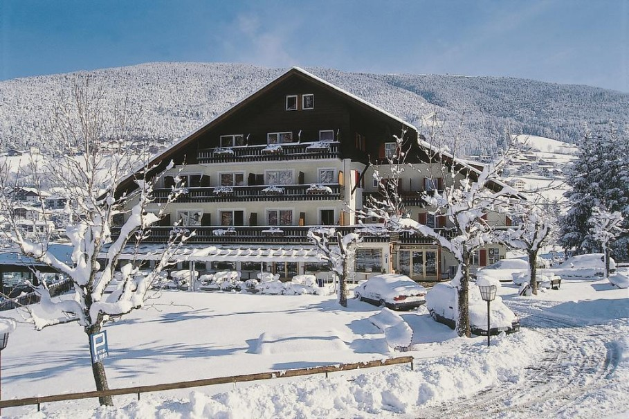 Hotel Rodes (fotografie 1)