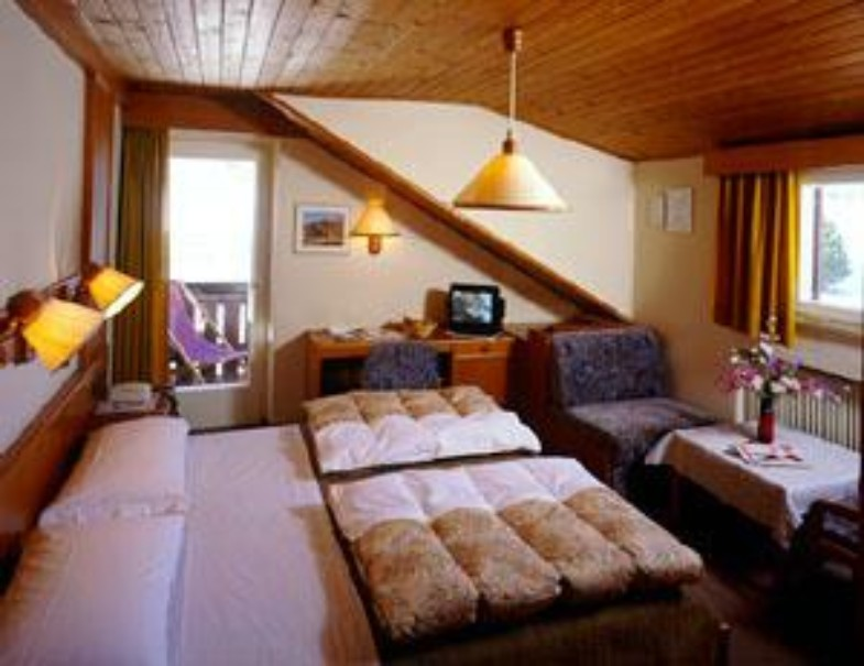 Hotel Rodes (fotografie 5)