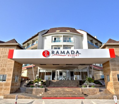 Hotel Ramada Resort Side