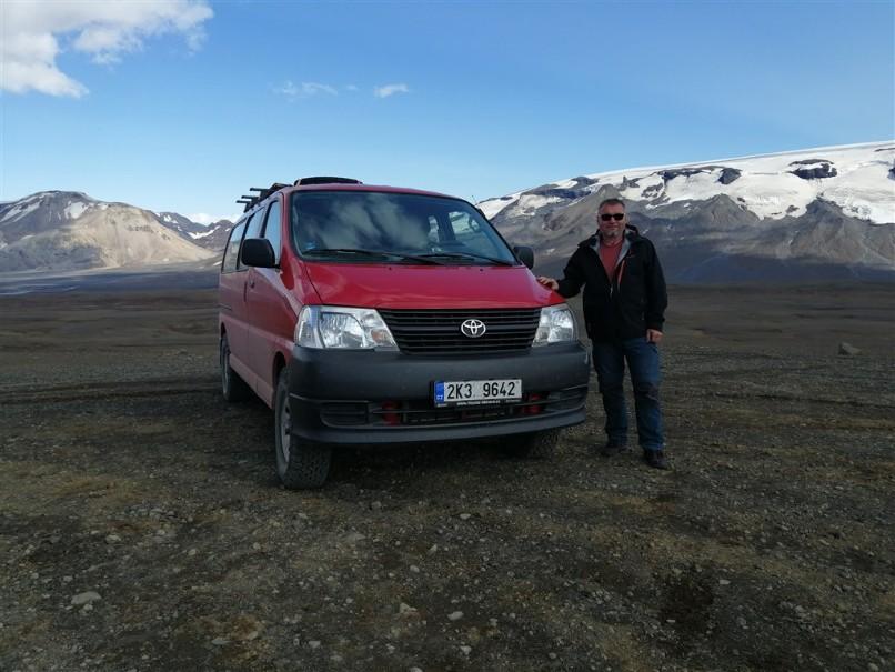 Island - mezi Ledovci, sopkami a horkými prameny (fotografie 24)