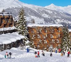 Hotel Th Pila