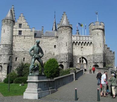 Zeměmi Beneluxu s návštěvou největší květinové aukce na světě!