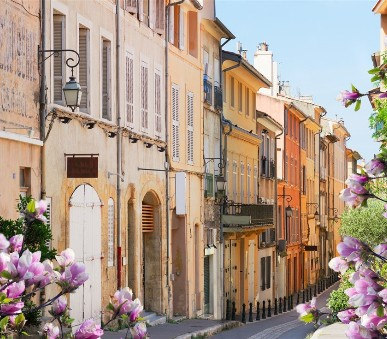 Provence a barvy jara