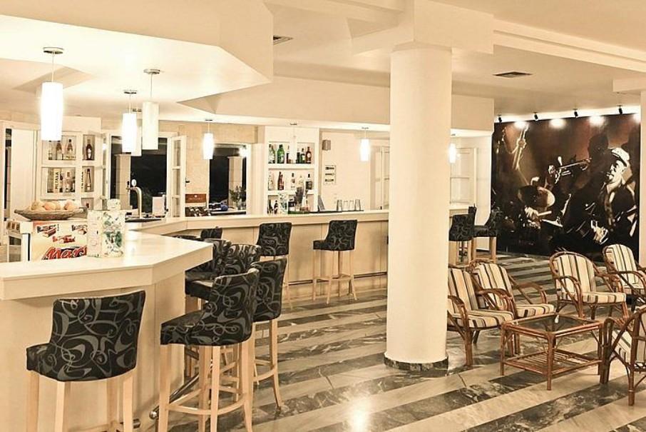Hotel Semiramis (fotografie 2)