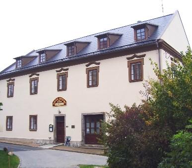 Hotel Bystré