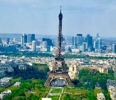 Tajemství Paříže - Letecky