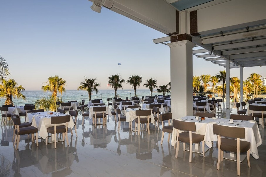 Constantinos The Great Beach Hotel (fotografie 7)
