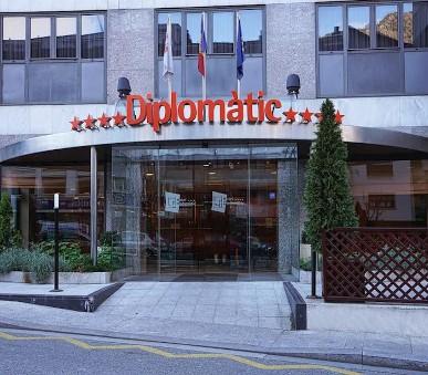Hotel Diplomatic (P)
