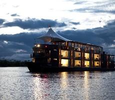 Plavba lodí Aria Amazon