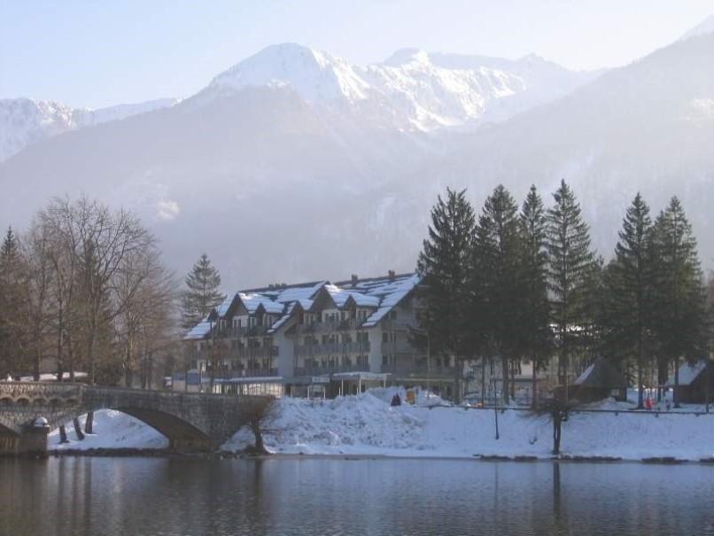 Hotel Jezero (fotografie 3)
