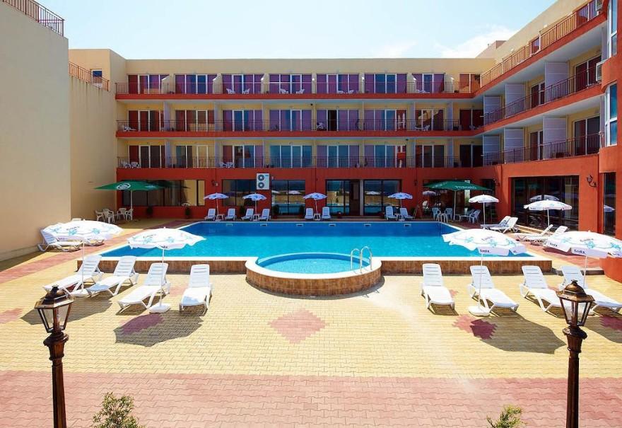Hotel Relax (fotografie 1)