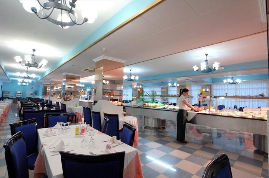 Hotel Santa Monica Playa pro seniory (fotografie 8)