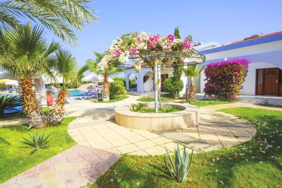 Hotel Crystal Rock Holiday Resort (fotografie 9)