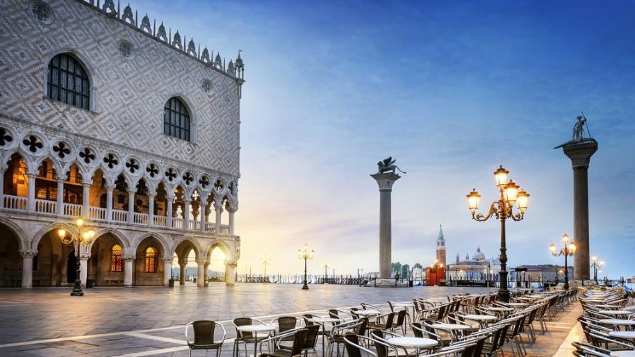 Za světoznámým karnevalem masek a návštěvou Benátek (fotografie 14)