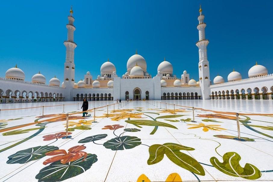 Perly Emirátů s koupáním - akce senior 50+ (fotografie 17)