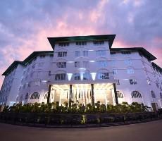 Hotel Araliya Green City