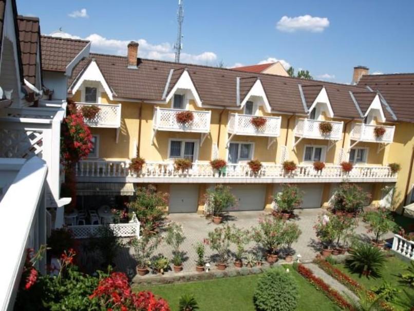Hotel Lídia (fotografie 1)