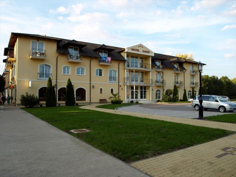 Hotel Xavin (fotografie 1)