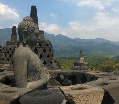 Malý okruh Jávou s pobytem na Bali