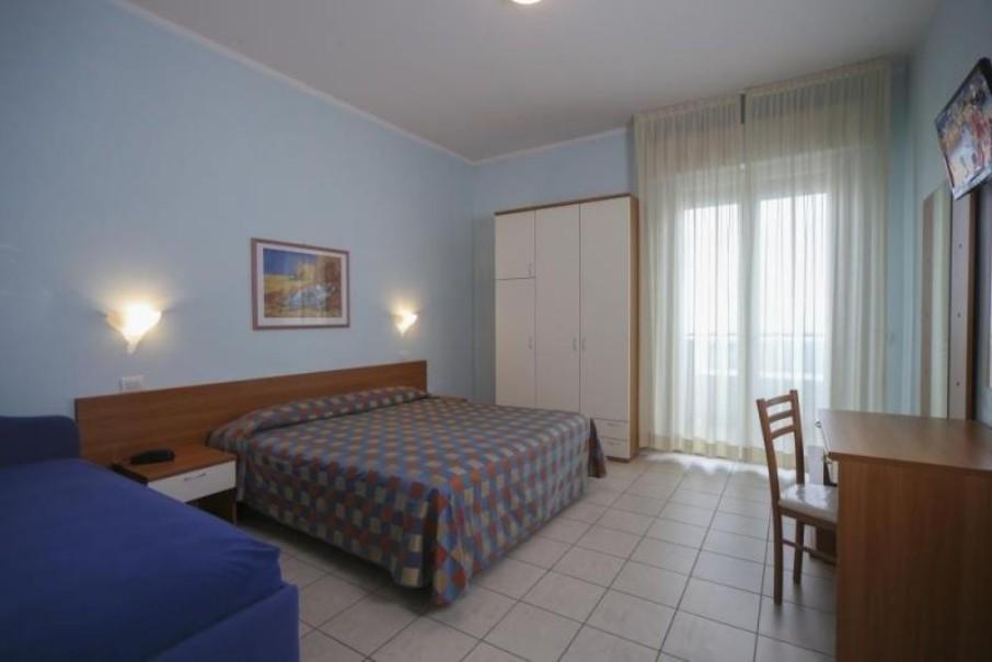 Hotel Iones (fotografie 6)