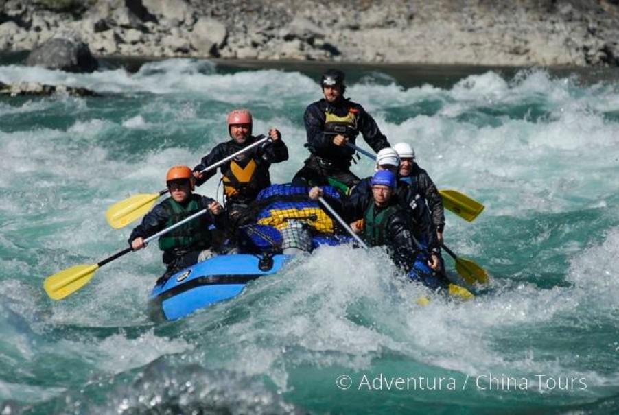 Rafting na himálajské řece Tamur (fotografie 8)