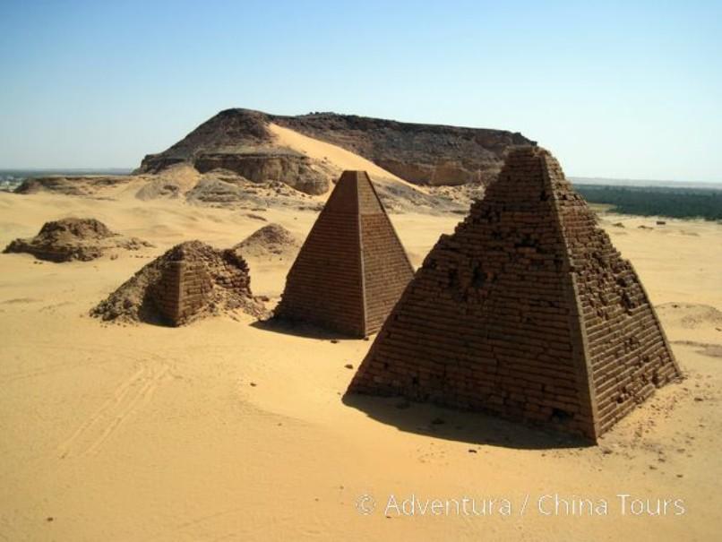 """Súdán – Saharou za """" černými faraony"""" (fotografie 2)"""