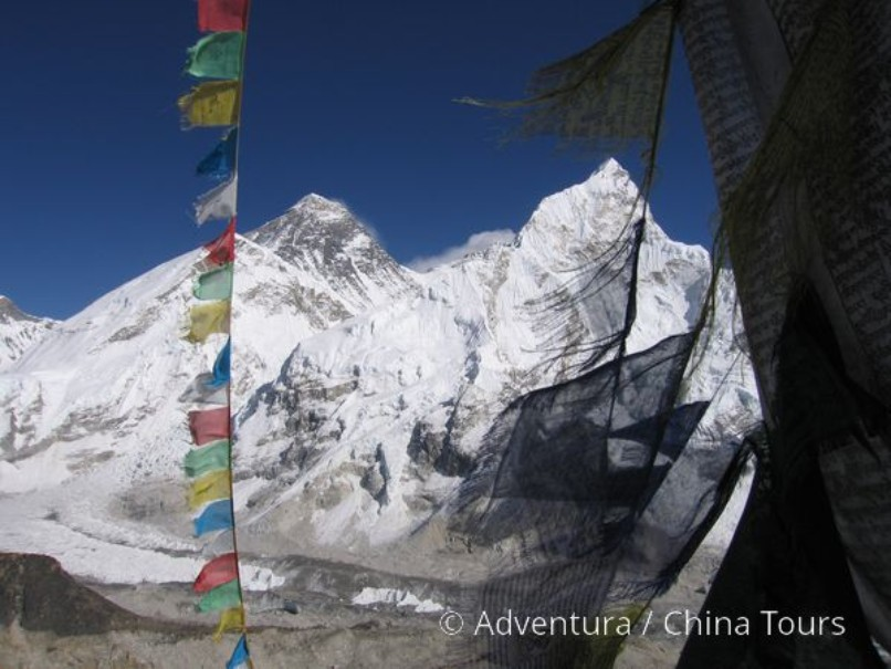 Treking Údolím šerpů až k Everestu (fotografie 1)