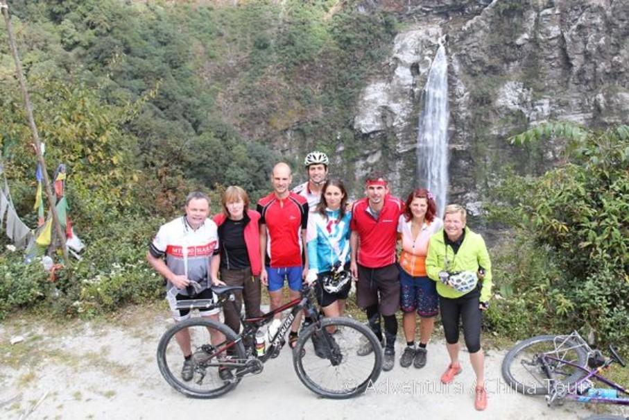 Bhútán na kole (fotografie 15)