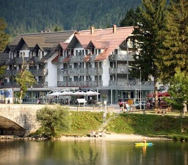 Hotel Jezero (hlavní fotografie)