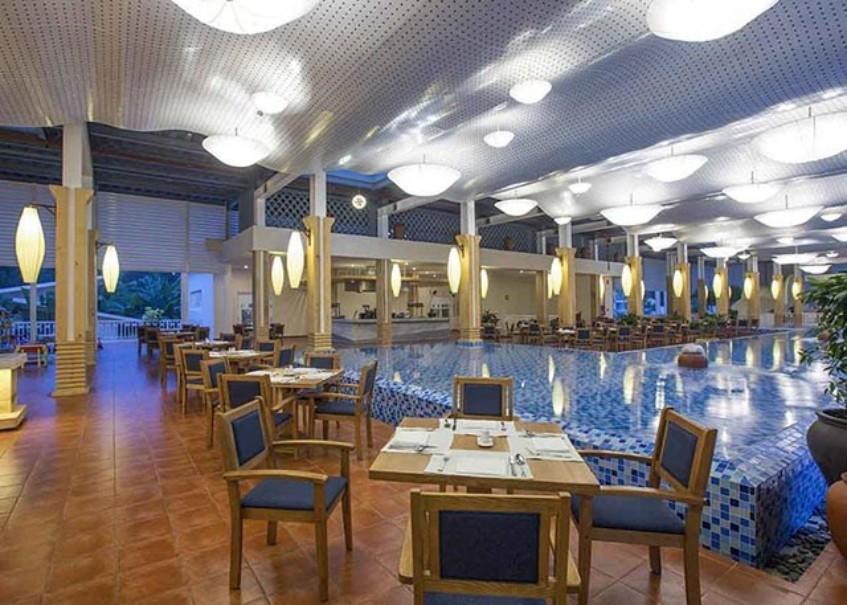 Hotel Centara Sandy Beach Resort Danang (fotografie 16)