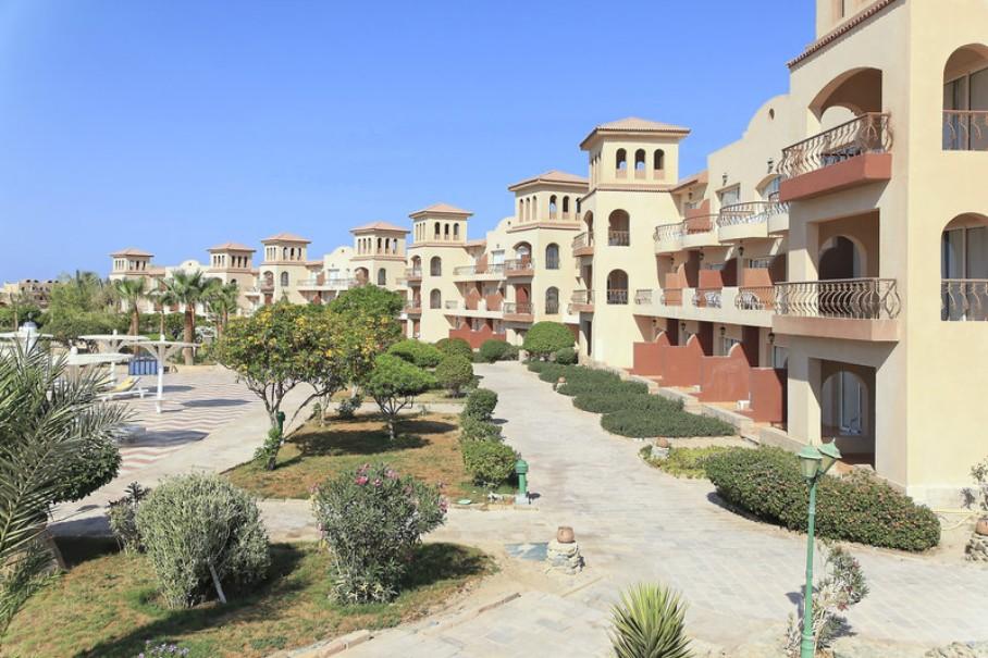 Hotelový komplex Pensee Royal Garden (fotografie 1)