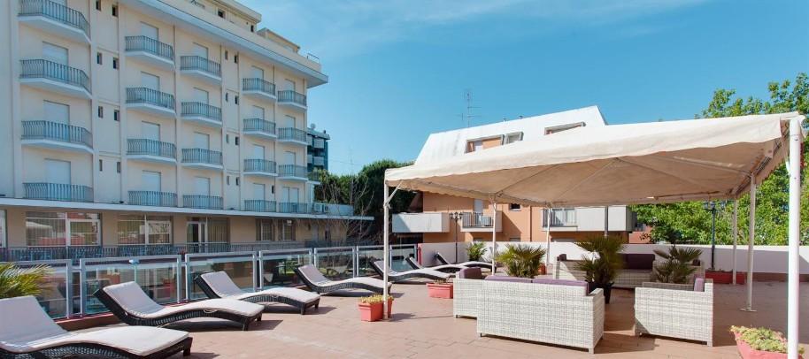 Hotel Nautilus (fotografie 1)